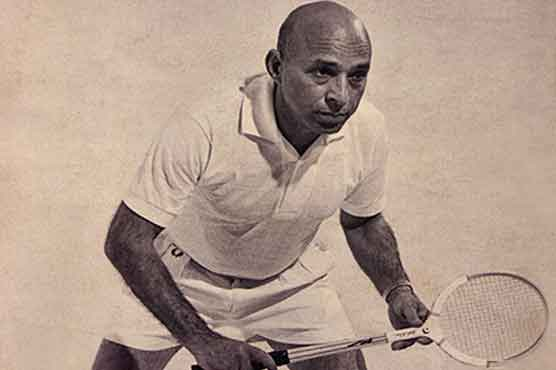 The Godfather of Squash dies at the age of 100