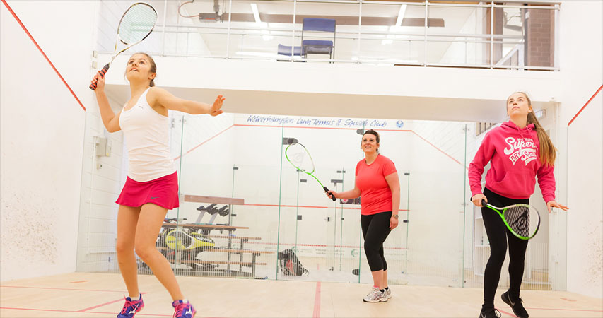 Squash Girls Can subsidised coaching courses – apply now